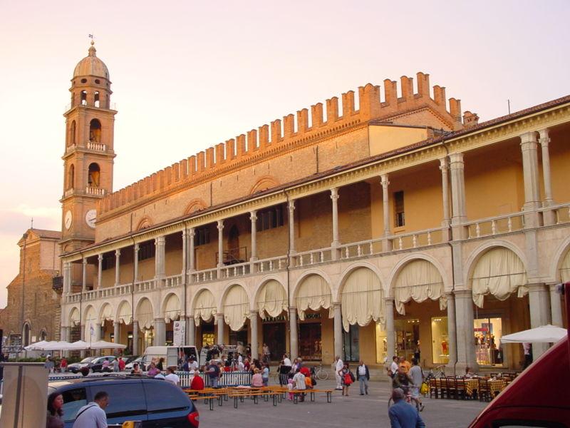faenza-piazza_del_popolo