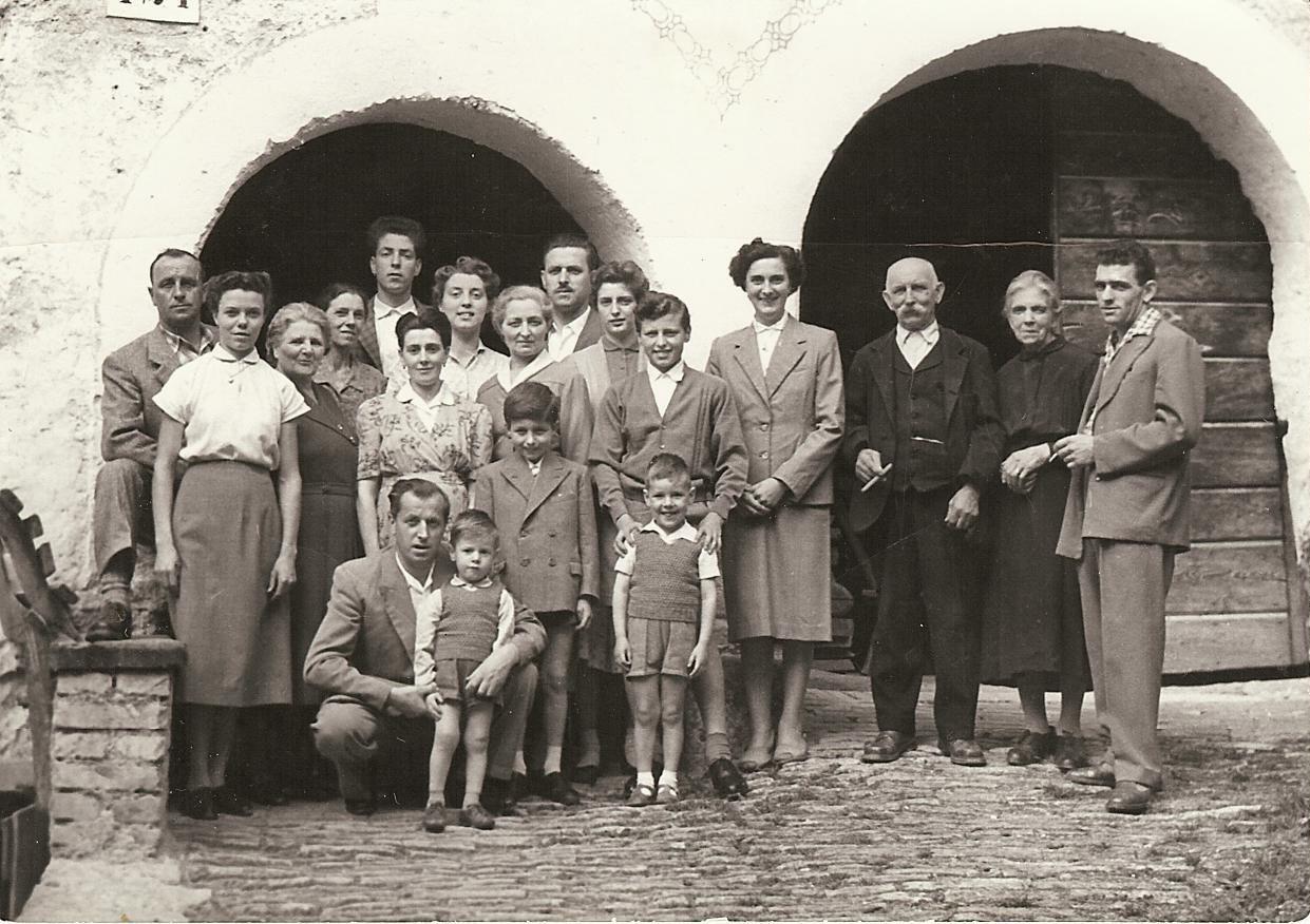 11-famiglie-berto-e-osti-agosto-1956-1